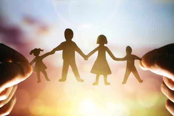 تصویر از چگونه به جای قدرت،محبت به کودک خود هدیه بدهیم؟