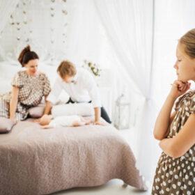 راه حل های سازنده برای کنترل حسادت در کودکان