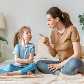 روابط فیزیکی نادرست والدین با فرزندان