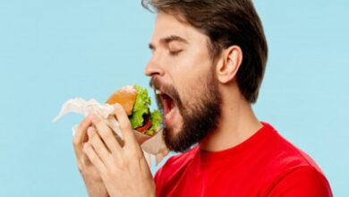 تصویر از چرا وقتی گرسنه نیستم ، غذا می خورم ؟