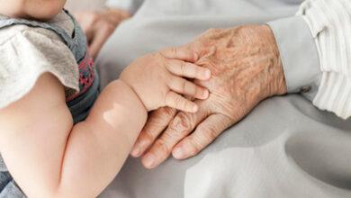 نقش پدربزرگ و مادربزرگ در تربیت کودکان