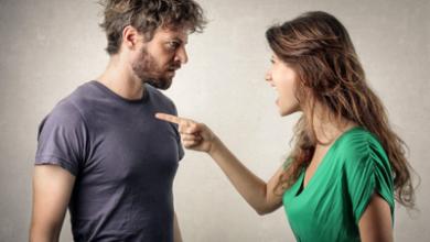 همسرم یک زن کنترل کننده است و میخواهم از او جدا بشوم