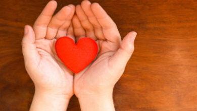 آیا محبت زیاد به دیگران باعث طلبکاری میشود